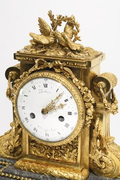A LOUIS XVI ORMOLU MANTEL CLOCK, ATTRIBUTED TO JEAN-JACQUES LEMOYNE CIRCA 1785, THE DIAL SIGNED ROBIN HGER. DU ROI