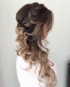 Side Hairstyle With A Braid For Long Hair #weddinghairstyles