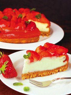 Il Cheesecake di yogurt alle fragole è un classico intramontabile! Come dire di no a questa golosa meraviglia? I bimbi, poi, non si tirano mai indietro. Yogurt, Ricotta, My Favorite Food, Favorite Recipes, Thanksgiving Desserts, Pie Dessert, Sweet Cakes, Something Sweet, Cheesecakes