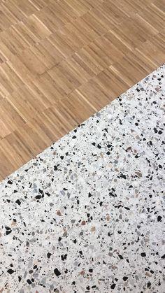 Küchen Design, Floor Design, House Design, Kitchen Tiles, Kitchen Flooring, Tile To Wood Transition, Terrazo Flooring, Townhouse Interior, Terrazzo Tile