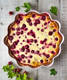 Kinuskikissa suosittelee: karviaispiirakka | Reseptit A Food, Food And Drink, Just Eat It, Something Sweet, Quiche, Vegetarian Recipes, Deserts, Veggies, Pie