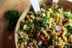 Salada Espiral com Lentilhas Verdes Pasta Salad, Lunch, Ethnic Recipes, Food, Green Lentils, Lunch Ideas, Salads, Ethnic Food, Crab Pasta Salad
