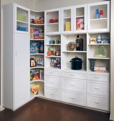 This is certainly a great pantry