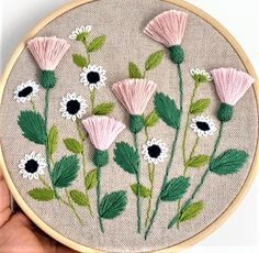 Marvelous Crewel Embroidery Long Short Soft Shading In Colors Ideas. Enchanting Crewel Embroidery Long Short Soft Shading In Colors Ideas. Hand Embroidery Videos, Embroidery Flowers Pattern, Learn Embroidery, Hand Embroidery Stitches, Silk Ribbon Embroidery, Crewel Embroidery, Embroidery Hoop Art, Hand Embroidery Patterns, Embroidery Techniques