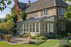 Orangerie / lean-to garden conservatory / sunroom. I'd love to build one atop my patio in the backyard. Garden Room Extensions, House Extensions, Extension Veranda, Lean To Conservatory, Conservatory Design, Glass House, Outdoor Living, Outdoor Decor, New Homes