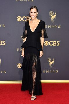 Louise Roe - Every Breathtaking Look from the 2017 Emmy Awards - Photos Celebrity Maternity Style, Maternity Fashion, Celebrity Red Carpet, Celebrity Look, Pregnant Celebrities, The Emmys, Red Carpet Gowns, Cocktail Gowns, Red Carpet Fashion