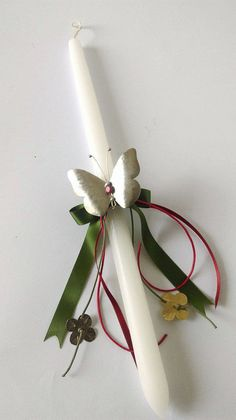 Set of Lambada and candles for Greeek Orthodox Baptism,Butterfly girl Baptism Candle,Christening Baptism Lambada,Baby Christening Candle Easter Projects, Easter Crafts, Easter Decor, Baptism Candle, Greek Easter, Palm Sunday, Baby Christening, New Baby Girls, Metal Flowers