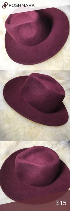 "Wool boater hat Forever 21 wool burgundy boater hat. 100% wool. NWOT never worn. Simple and clean, this boater hat is made entirely from wool, lending a cool and classic touch to any ensemble. Partially lined. Lightweight. 100% wool. 21.75"" Circumference; 3"" Brim. One size fits most. Bundle items for greater discounts Forever 21 Accessories Hats"