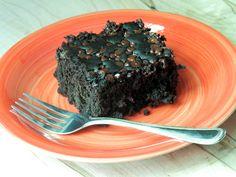 LOW FAT GLUTEN-FREE VEGAN CHOCOLATE SNACK CAKE