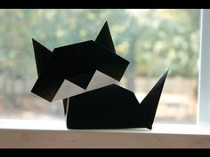 How to make an easy Origami Cat great for Halloween