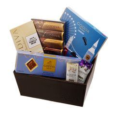 Treat your Dad to an indulgence chocolate hamper this #FathersDay