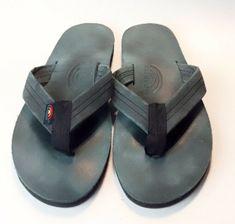 6d8039cb6db1 Details about TOMMY BAHAMA Men s Size 11 Gray Leather Canvas Flip Flop  Sandals
