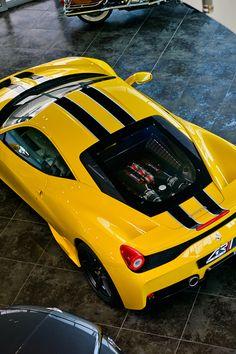 autobliss: supercars-photography: FerrariItalia...