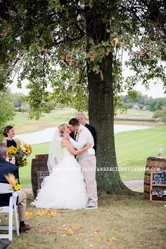 Photography & Design By Lauren- an on location photographer specializing in Weddings, Couples, High School Seniors, Families and Models based in Indiana 502.230.1907   Wedding at Oxmoor Country Club Louisville, Kentucky  
