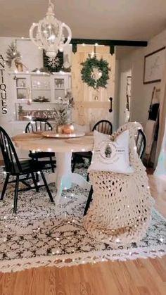 Christmas Tree Inspiration, Christmas Tree Design, Christmas Mantels, Home Decor Inspiration, Christmas Home, Homer Decor, Apartment Decoration, Best Decor, Christmas Centerpieces