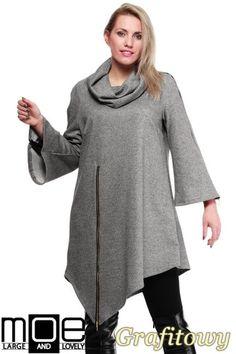 Asymetryczne ponczo damskie na zamek wyprodukowane przez firmę MOE.  #cudmoda #moda #styl #ubrania #odzież #clothes #xxl #plus_size