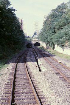 tunnel des gobelins Tramway, Reportage Photo, Old Trains, Locomotive, Railroad Tracks, Belleville, Arrondissement, Gauche, Culture