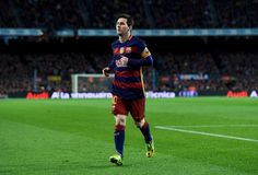 Barcelona's Argentinian forward Lionel Messi runs during the Spanish league football match FC Barcelona vs Sevilla FC at the Camp Nou stadium in Barcelona on February 28, 2016.