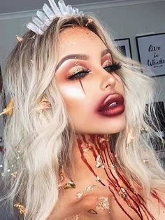 Looking for for ideas for your Halloween make-up? Check out the post right here for creepy Halloween makeup looks. Creepy Halloween Makeup, Pretty Halloween, Halloween Inspo, Scary Halloween Costumes, Scary Makeup, Halloween 2018, Halloween Outfits, Spooky Halloween, Happy Halloween