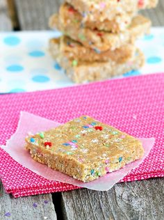 Cake Batter Energy Bars. Healthy snack bars that really do taste surprisingly like you are eating actual cake batter: http://chocolatecoveredkatie.com/2012/06/26/cake-batter-energy-bars/