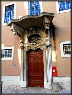 Portal do Convento da Encarnação, Lisboa, Portugal.