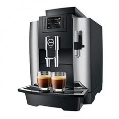 The Jura is a professional machine that is simple enough for an amateur to. and small offices, the professional can handle the demands of repeat. Only Jura Professional machine with Pulse Extraction Process (P.) for optimal espresso extraction. Jura Coffee Machine, Espresso Coffee Machine, Drip Coffee Maker, Espresso Maker, Espresso Cups, Latte Macchiato, Professional Coffee Machine, Machine A Cafe Expresso, Coffee Shop Business