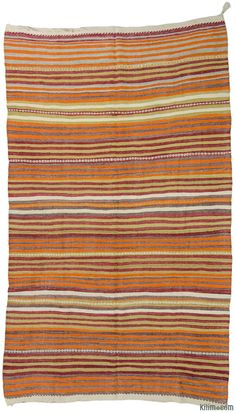 Vintage Turkish kilim rug hand-woven in 1960's and in very good condition.