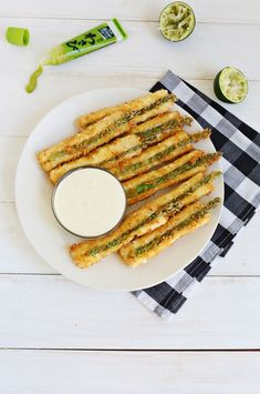 Crunchy, Cheesy Asparagus Sticks