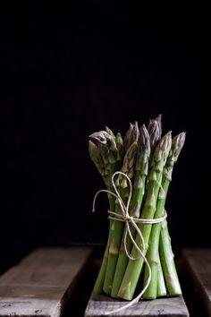 http://www.mielericotta.com/2013/05/pesto-di-asparagi.html Asparagus