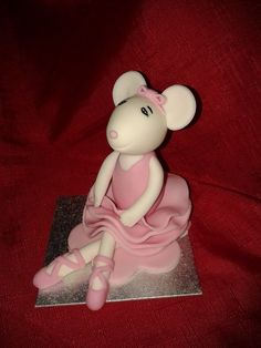Angelina ballerina ballerina cakes and cake toppers on for Angelina ballerina edible cake topper decoration sale