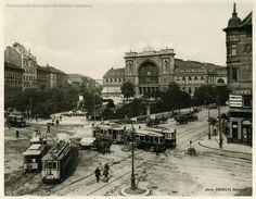 Ilyen is volt Budapest - évek, Baross tér és a Keleti pályaudvar Old Pictures, Old Photos, Central Europe, Budapest Hungary, Historical Photos, Big Ben, Paris Skyline, The Past, Louvre