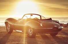 What's the big deal between Steve McQueen and the Jaguar XKSS? Jaguar Land Rover, Jaguar Daimler, Luxury Cabin, Steve Mcqueen, Antique Cars, Phoenix, Mansions, The Originals, Vehicles
