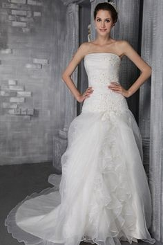 Sweetheart Elegant Ivory Wedding Gown - Order Link: http://www.theweddingdresses.com/sweetheart-elegant-ivory-wedding-gown-twdn0029.html - Embellishments: Applique , Beading , Ruched , Sequin; Length: Chapel Train; Fabric: Tulle; Waist: Natural - Price: 142.69USD
