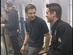 Jeremy Renner and Colin Farrell as Brian Gamble and Jim Street in S.W.A.T.