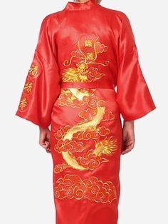 Plus Size Chinese Men Embroidery Dragon Robes Traditional Male Sleepwear  Nightwear Kimono With Bandage Wholesale 904e7efab