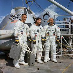 13 November 1968 Apollo 10 crew Left to right are Eugene A. John W. and Thomas P. Eugene Cernan Apollo the last man to walk on the moon Astronauts In Space, Nasa Astronauts, Programa Apollo, Eugene Cernan, Apollo 9, Apollo Spacecraft, Apollo Space Program, Nasa Images, Apollo Missions