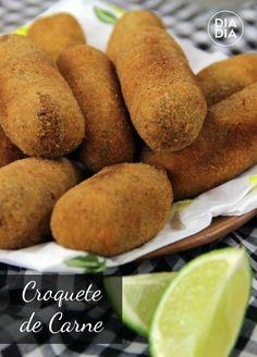 Croquete de Carne My Recipes, Low Carb Recipes, Cooking Recipes, Favorite Recipes, Salty Foods, Salty Snacks, Appetizer Recipes, Dessert Recipes, Portuguese Recipes