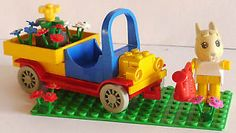 Lego-Fabuland-Hase-Bonni-mit-Blumenauto