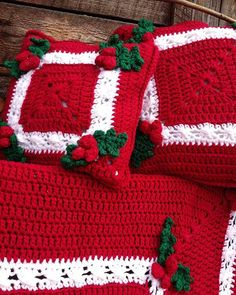 "Watch the Holly & Berries Afghan & Pillow Crochet Pattern review video! Design By: Maggie Weldon Skill Level: Intermediate Sizes: Afghan - About 56"" squ"
