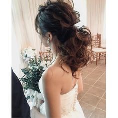 WEDDINGHAIR ウェディングヘア ローポニー ポニーテール アレンジ#hairstyles #ローポニー #wedding #bridalhair #bride ふーわふわっ #hawaii #hawaiiwedding #hairstyle #ponytail #ハワイ#ハワイウェディング#ヘアメイク#ヘアアレンジ#プレ花嫁#ポニーテール Lace Wedding, Wedding Dresses, Hair Accessories, Bridal Hairstyle, Hair Styles, Instagram, Fashion, Weddings, Bride Gowns