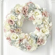Floral Wreath, Wreaths, Instagram, Home Decor, Floral Crown, Decoration Home, Door Wreaths, Room Decor, Deco Mesh Wreaths