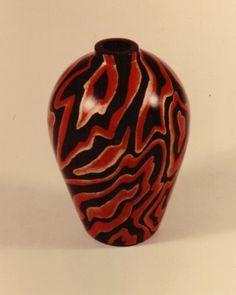Mokume vase painted objet'art faux painted in japonaiserie lacquer finish #vase #graining #japonaiserie #decor #paintedfinish #isabeloneil