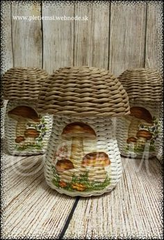 Pohare Hriby Paper Basket Weaving, Paper Roll Crafts, Paper Magic, Origami, Baskets, Projects To Try, Decoration, Crochet, Creative