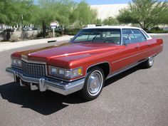 Bigmikelakers' Auto Blog: Throwback Car Of The Week: 1976 #Cadillac Deville - LindsayCadillac.com