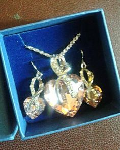 This item is unavailable Swarovski Jewelry, Swarovski Crystals, Stones And Crystals, Jewelry Sets, My Etsy Shop, Hearts, Sparkle, Drop Earrings, Pendant