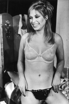 Actress Prunella Gee in her underwear. (Photo by John Minihan/Evening Standard/Getty Images). English Actresses, British Actresses, James Bond, Vintage Lingerie, Women Lingerie, John Faulkner, Terry Thomas, American Boxer, American Press