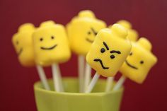 Fun party food or as to go favors - Lego Head Marshmallow pops.