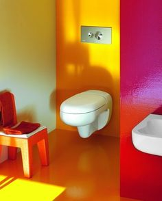 Here are some tips to design a lively yet safe children's bathroom. Checkout our collection of 15 Best Colorful Kids Bathroom Design Ideas. Kid Bathroom Decor, Childrens Bathroom, Bathroom Paint Colors, Colorful Bathroom, Small Bathroom, Bathroom Yellow, Bathroom Plants, Paint Colours, Bathroom Furniture