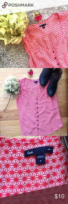 Gap floral button up blouse Very cute red button up blouse/tank. No flaws at all, never even worn. It's very lightweight and more of a sheer material GAP Tops Blouses