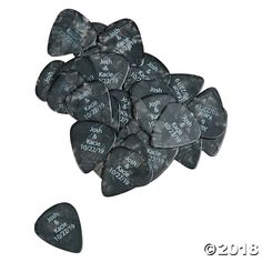 These guitar picks are great party favors for a rock & roll celebration! Give them out at a rock star birthday party, or use them as giveaways during a . Boda Punk Rock, Punk Rock Wedding, Wedding Day, Wedding Black, Rock Vintage, Rockstar Party, Rockstar Birthday, Guitar Party, Guitar Wedding